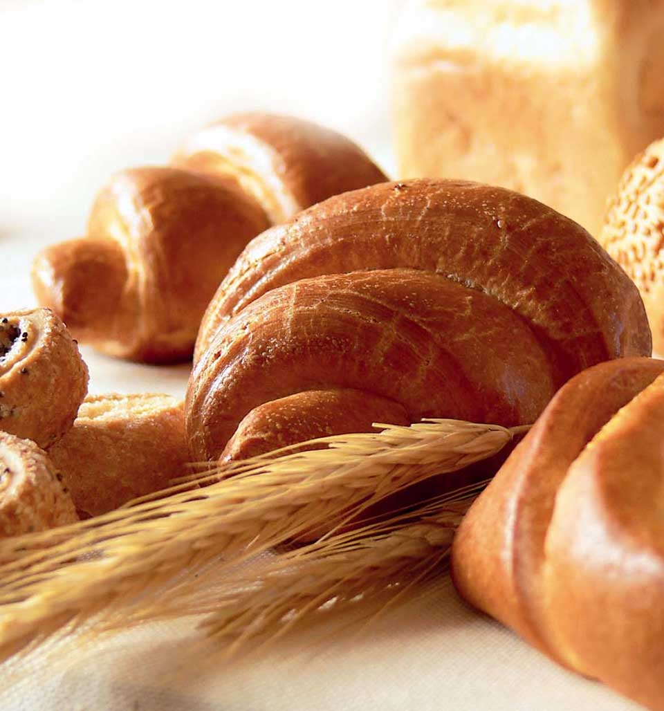 Смотреть Как испечь хлеб в домашних условиях видео